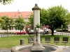 Hausfrauenbrunnen, Lange Zeile (Gruna)
