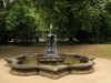 Puttenbrunnen am Standesamt Goetheallee (Blasewitz)