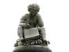 Dresden - Knabenskulptur auf der Lipsiusstele, Künstler unbekannt