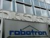 ROBOTRON war in der DDR sozusagen gleichbedeutend wie Klein-Microsoft oder Klein-Apple. Hier wurde seit 1974 Computertechnik des Ostens entwickelt, produziert und vertrieben. Dresden galt damals immerhin als das Zentrum der Computerindustrie des Landes - quasi das sozialistische Silicon Valley.