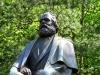 In Karlsbad fanden wir auch eine Karl-Marx-Statue. Der Name wurde allerdings der tschechischen Sprache angepasst und somit heißt er im Nachbarland eben Karel Marx.